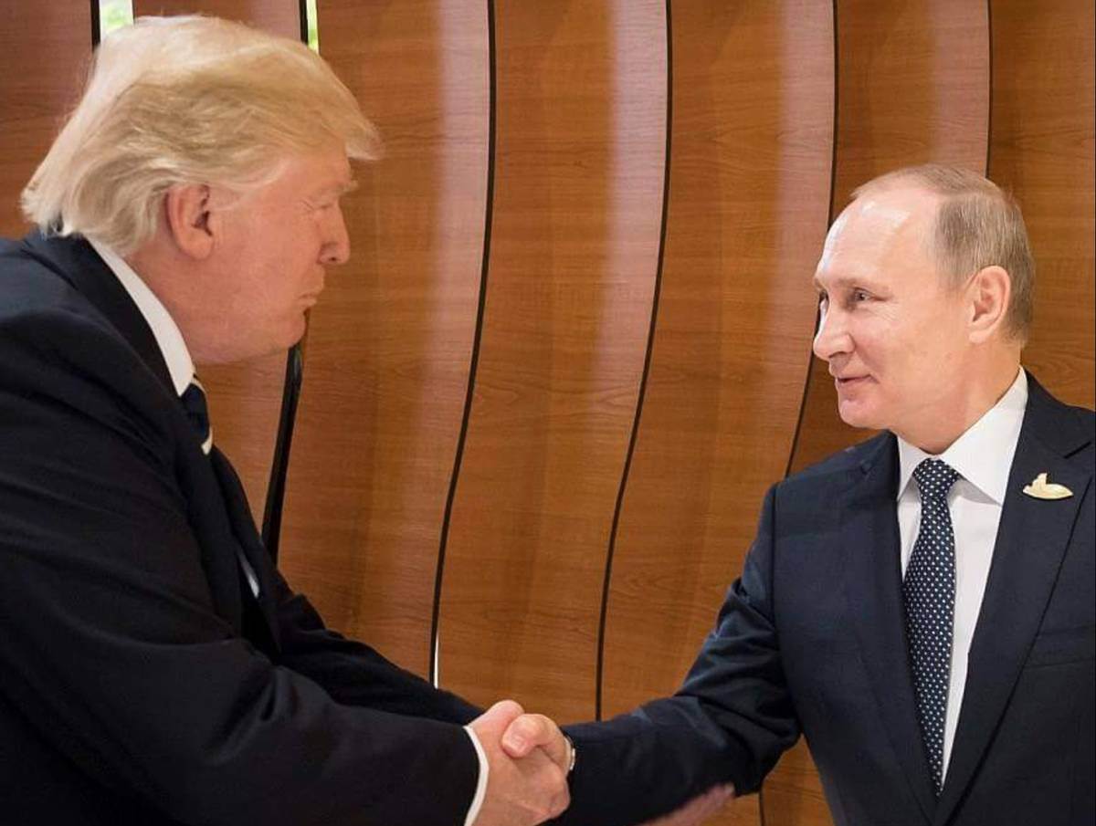 Trump Curtsies for Putin at G20 Summit
