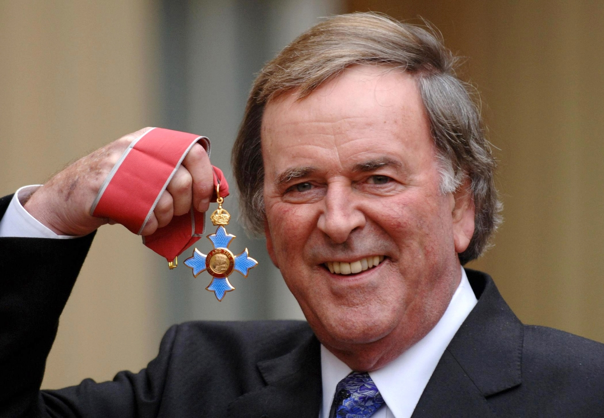 Corpse of Terry Wogan earning more than highest paid female BBC presenter