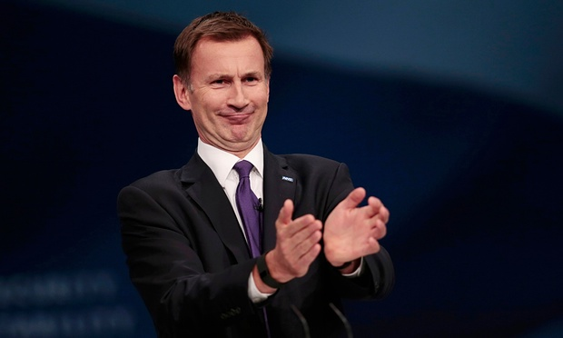 Hunt furious to learn his 44k bathroom doesn't include a golden shower