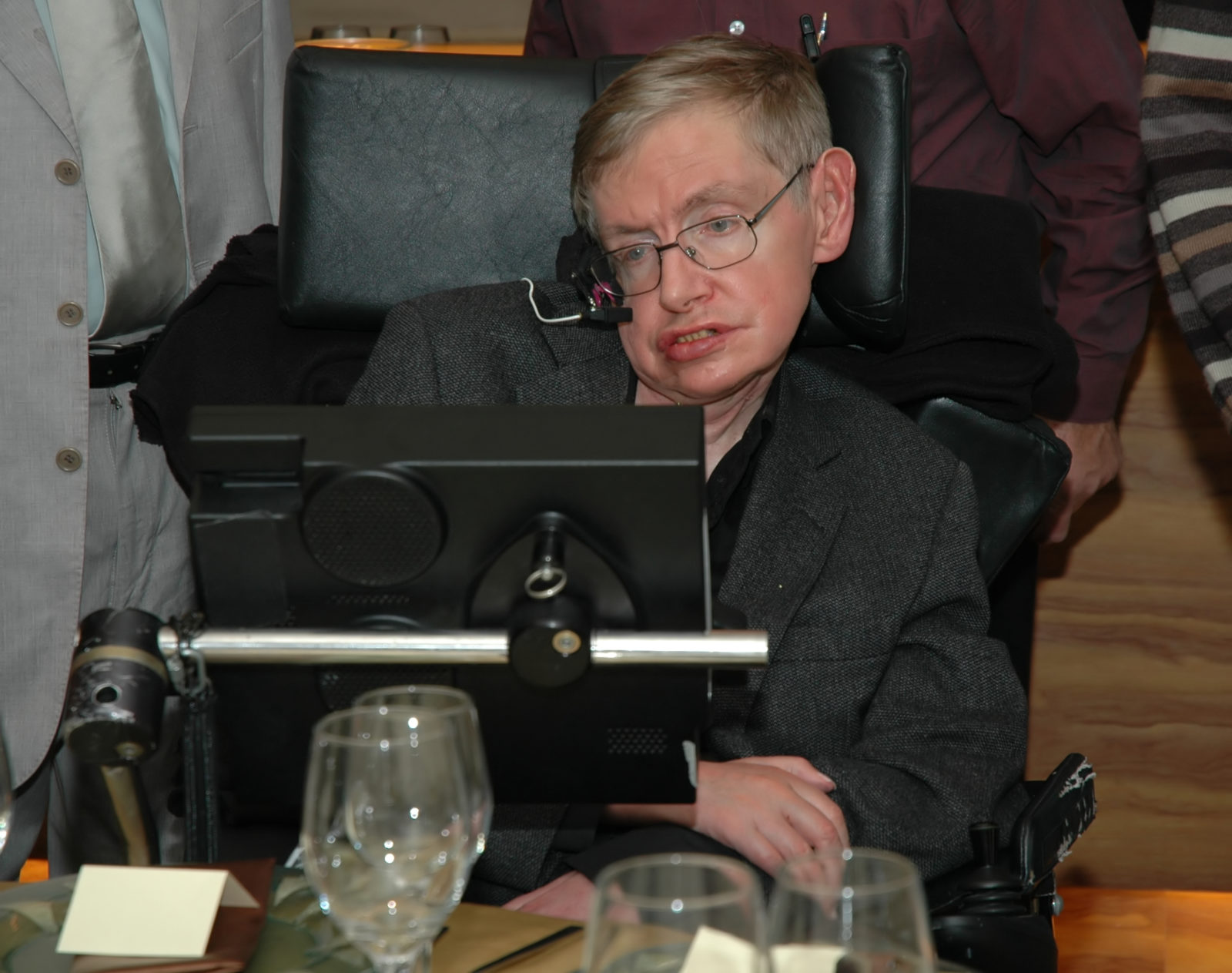Chaos on the roads as Sat-navs hold a minute silence for Professor Stephen Hawking