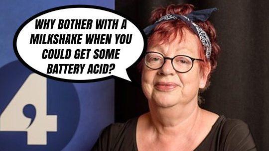 Comedian tells joke